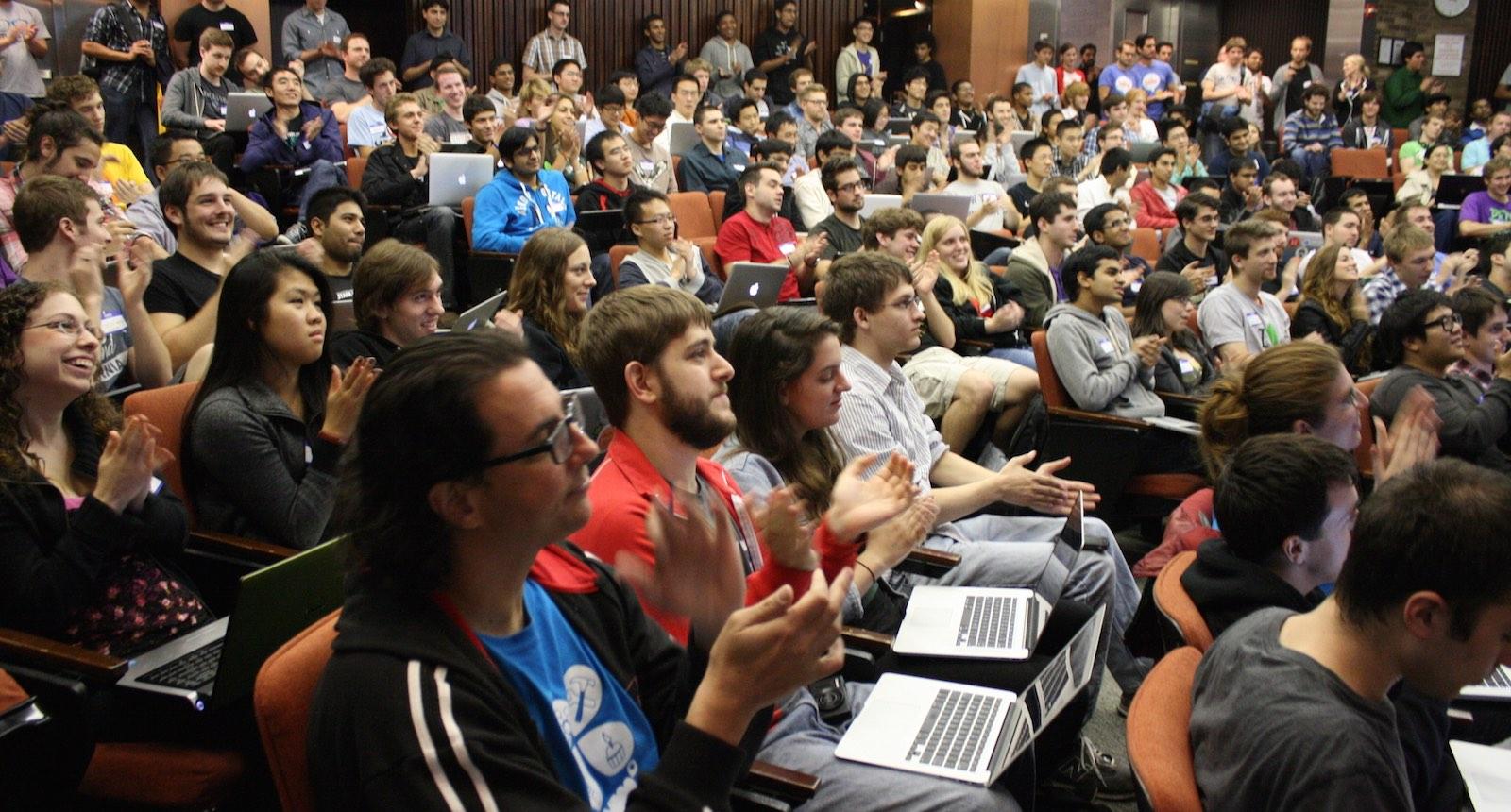 How to design a journalism hackathon